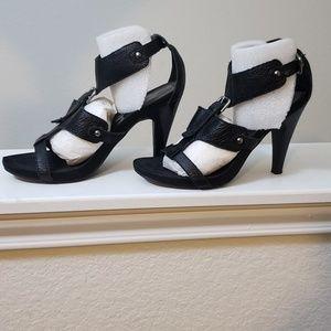 Nine West Black leather Heels